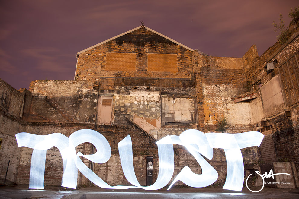 Pixelstick writing Trust Light Graffiti Light Painting Sola Master Pixelstick light graffiti in urban city