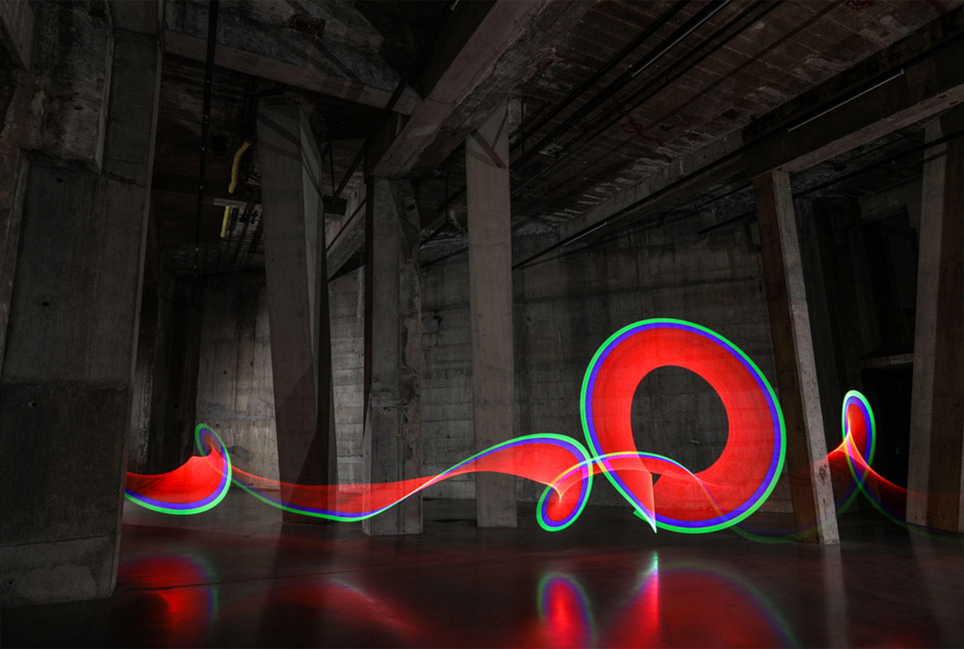 Lenovo-Light-Painting-Backgrounds-by-Sola-Lightbombing-Tate-Modern-2